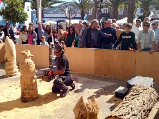 Demostración de woodcarving en Ibiza