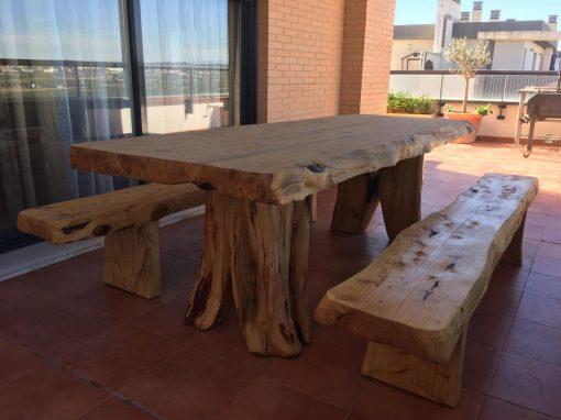 Conjunto mesa y sillas para exterior